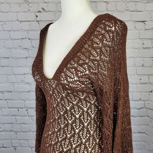 Open knit pullover flare sleeve sweater sz. Small
